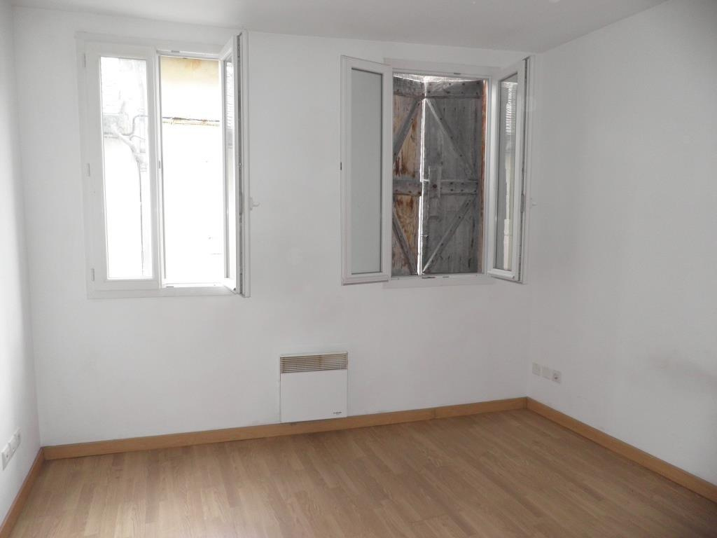 Appartement 1, chambre 1.